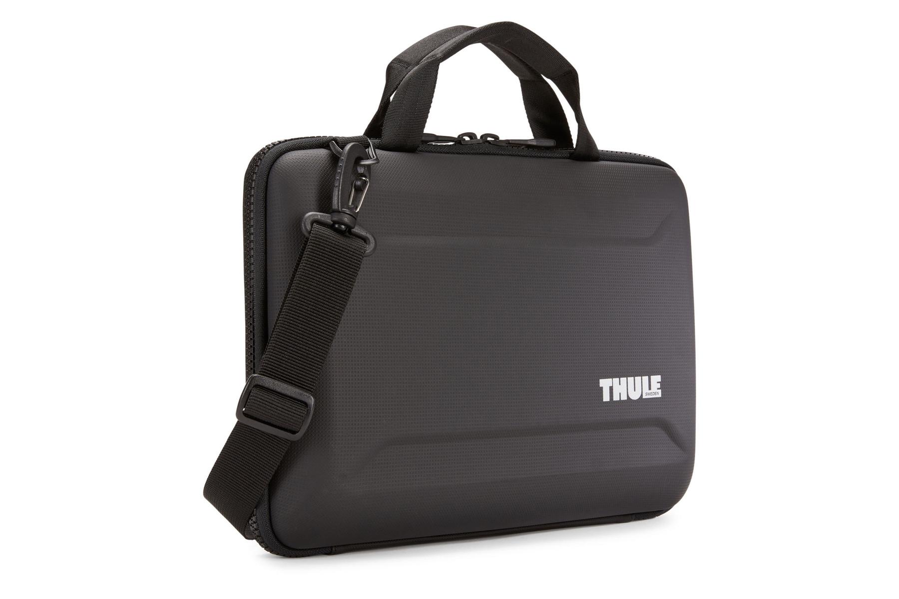 Thule Gauntlet TGAE2355 Laptop Shoulder Bag